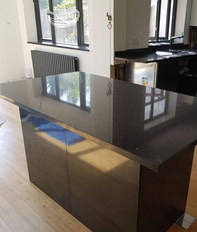 Chichester Granite covers the Arudnel area with granite kitchen worktops and quartz kitchen worktops.